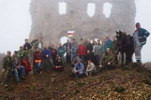 Önkéntesek a Tornai várban