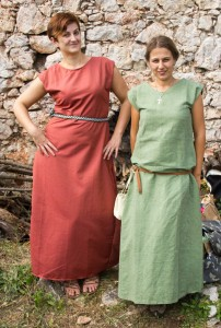 Középkori öltözékek